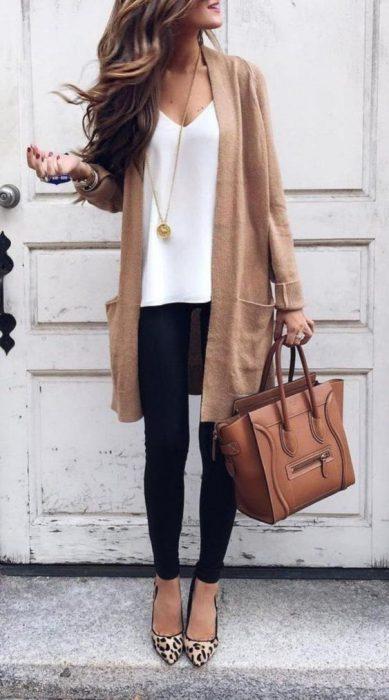 look casual y elegante para mujer moderna