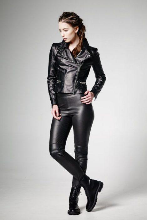 Looks En Chaqueta De Cuero Para Mujer 2021 Muy Trendy