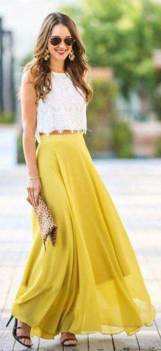 falda larga amarilla cintura alta