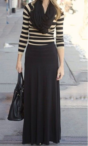 look otoño con Falda larga negra