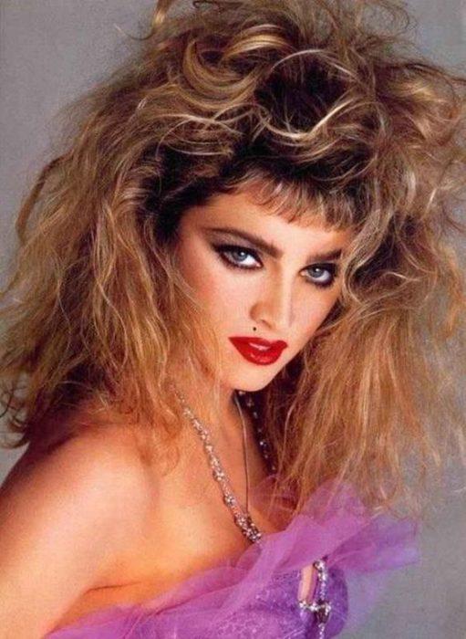 moda mauillaje y peinado noche años 80