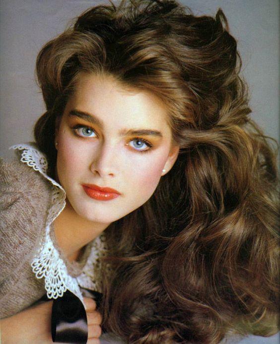 peinado y maquillaje años 80