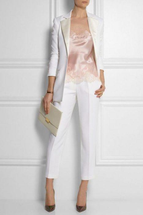 traje blanco elegante verano