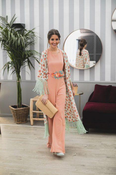 kimonos para un look formal con flecos