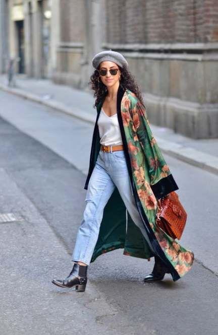 look informal con kimono de seda