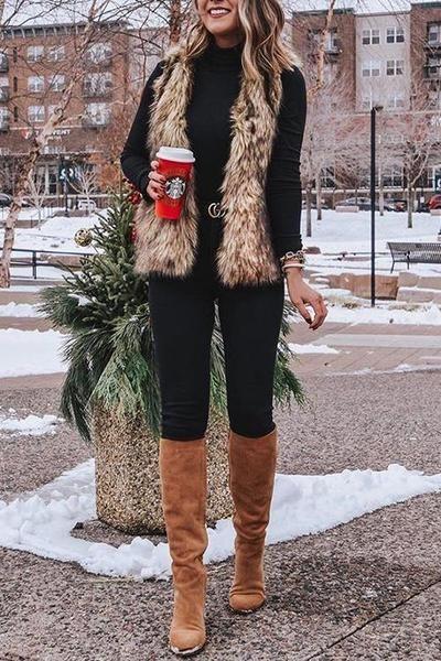 look con chaleco y remera polera invierno