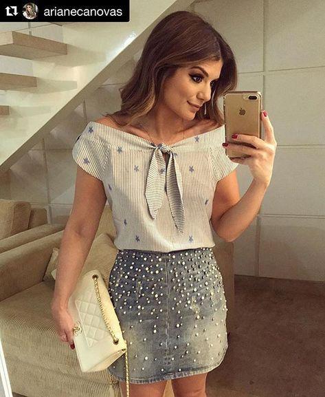 minifalda jeans bordada con perlas