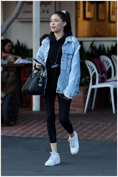 look informal con campera de jeans
