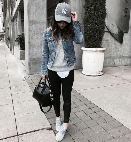 look informal con chaqueta de jeans y calza