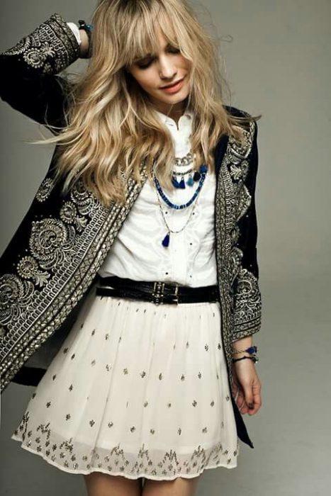 vestido bohemio simple con blazer bordado
