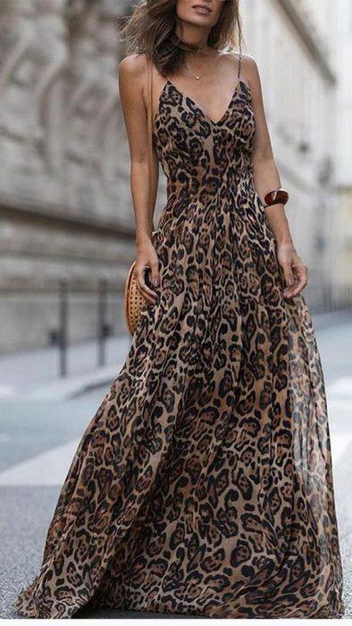 vestido de fiesta de gasa estampada animal print