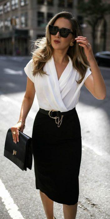 falda lapiz negra para la oficina