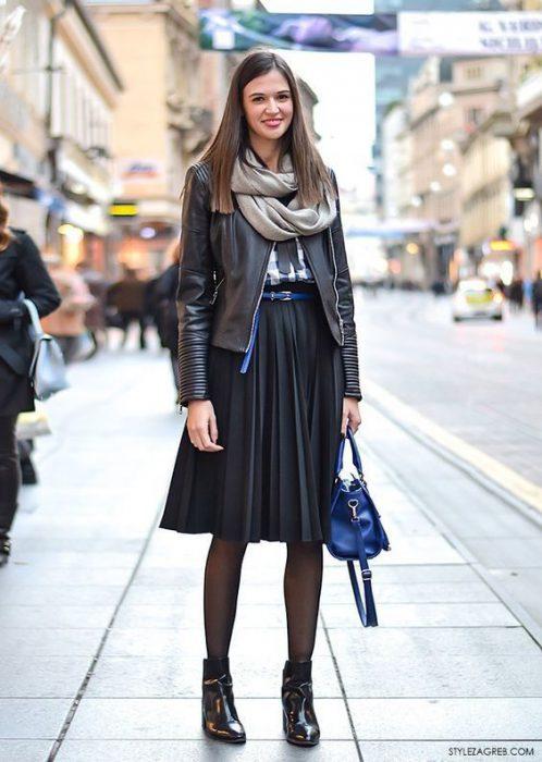 falda negra con campera de cuero