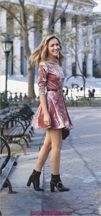 vestido rosado de terciopelo
