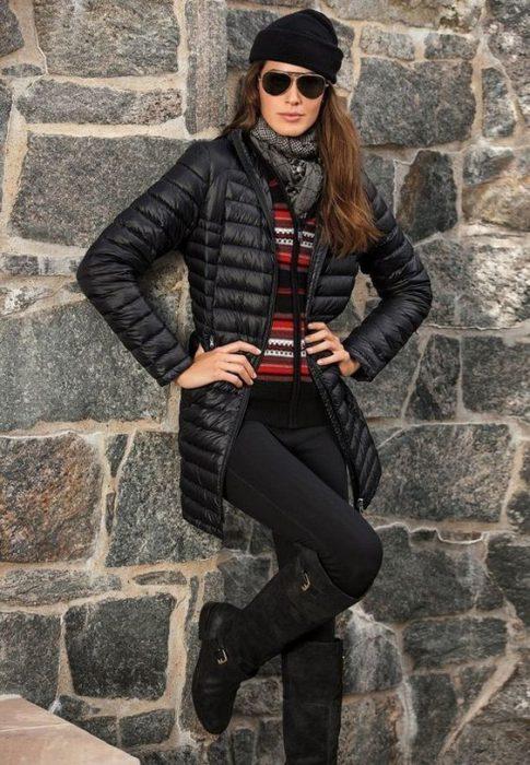 Look con campera larga abrigada invierno para mujer