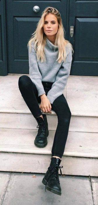 Look informal de invierno con prendas basicas para mujer