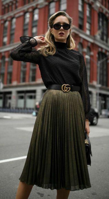 blusa polera con falda midi