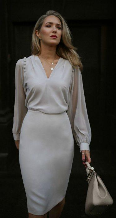 blusa y falda tubo blanca