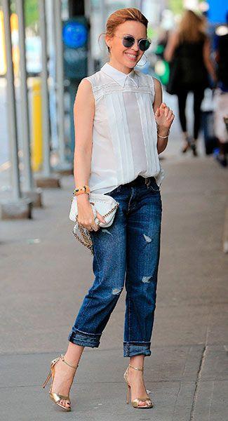 jeans boyfriends y camisa musculosa