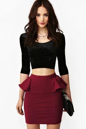 top gamuzado con falda peplum
