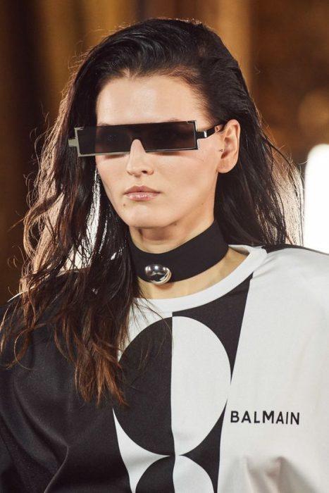 gafas rectangulares delgadas