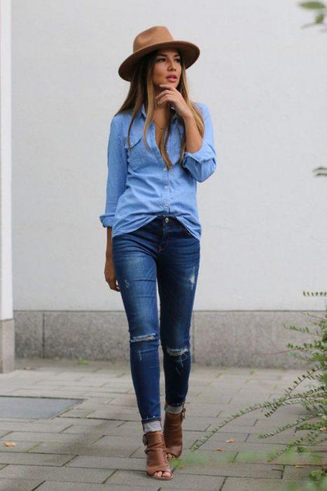 look para primavera con jeans