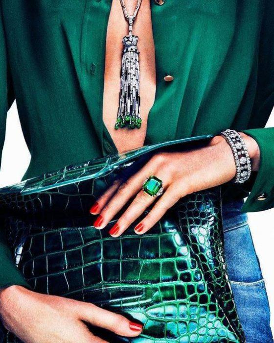 combnar pulseras con colgantes de moda invierno 2021