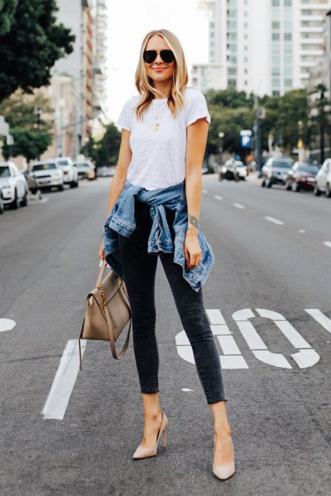 look moderno basico con jeans y camiseta