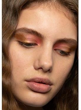 natural rosa claro maquillajes invierno 2021
