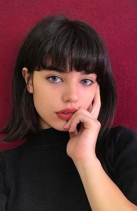 pelo corto y flequillo invierno 2021