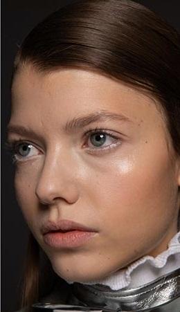 rostro humedo maquillajes invierno 2021