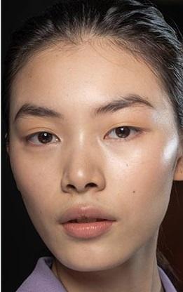 tez humedo maquillajes invierno 2021