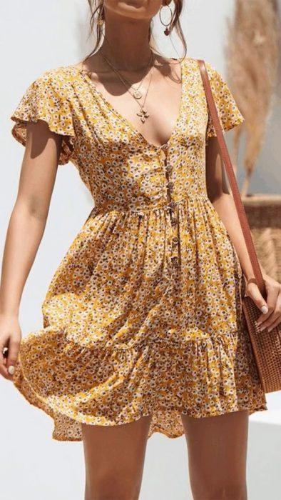 vestido corto esampado casual