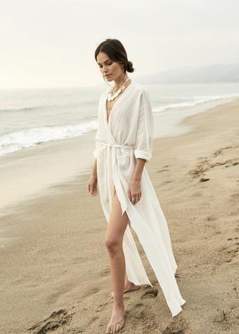 vestido kimono blanco