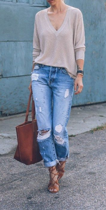 jeans mom rotos con sweater