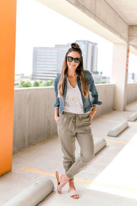 oufit babucha lino y campera jeans