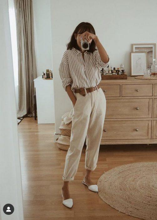 outfit con jogger de lino