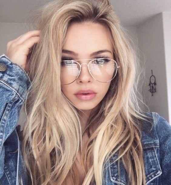 look despeinado con lentes