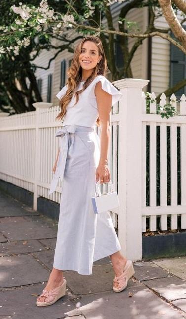 outfit para la oficina con pantalon de lino