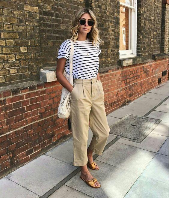 pantalon de lino y remera a rayas