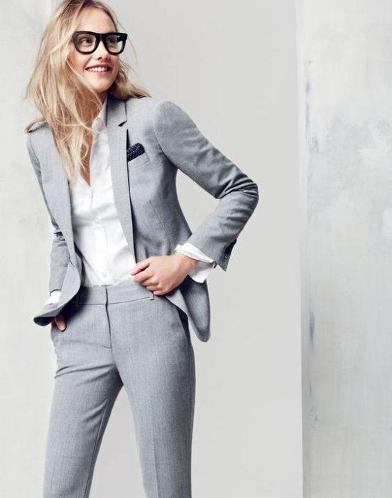 traje de lino para mujer