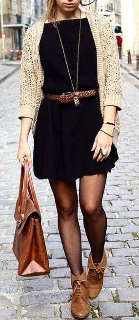 vestido con cinto trenzado