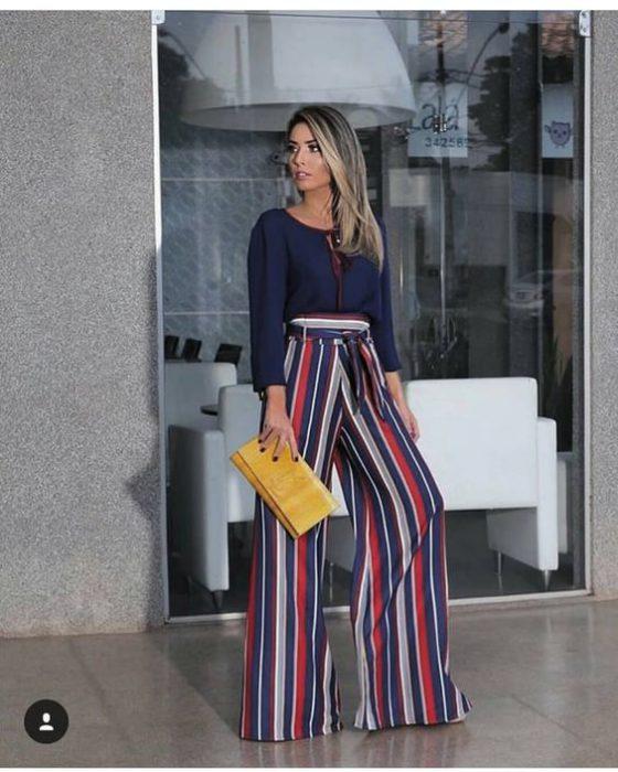 Outfits Para Mujer Con Pantalones A Rayas 2021 Muy Trendy