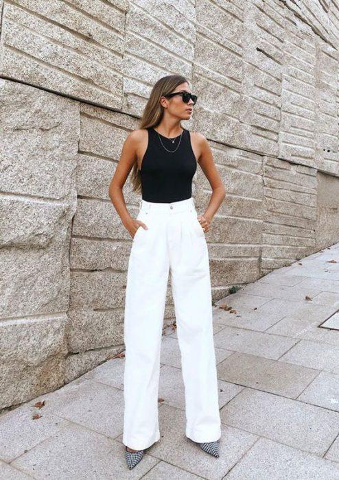 Como Usar Pantalones De Tiro Alto Outfits 2021 Muy Trendy