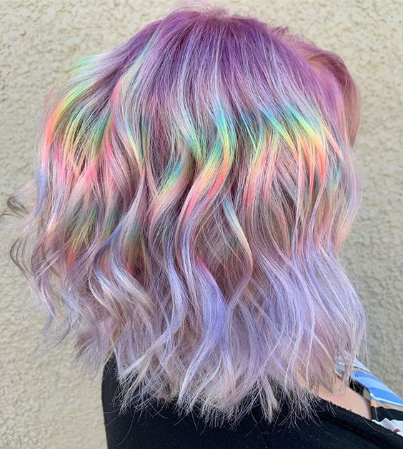 cabellos con toques holograficos