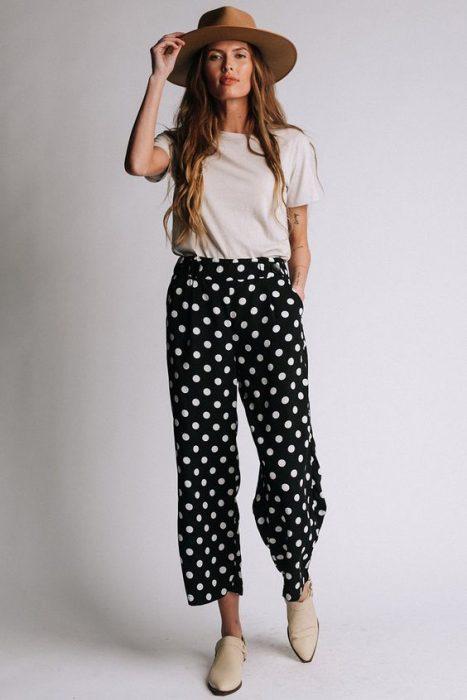 look informal pantalon pijama a lunares