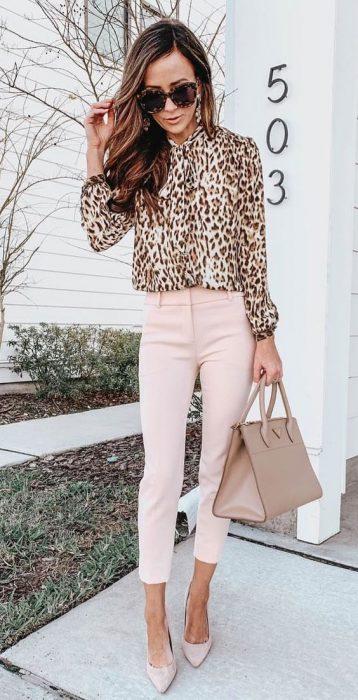 pantalon rosa de vestir oficina