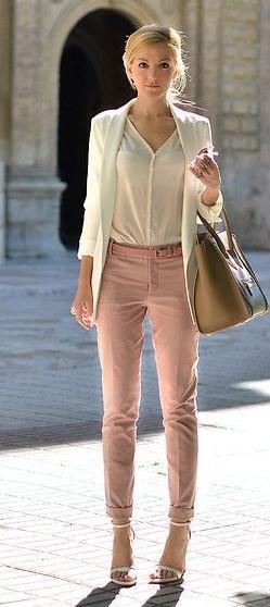 pantalon rosa y crema