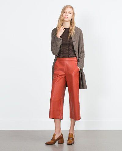 pantalon terracota y marron