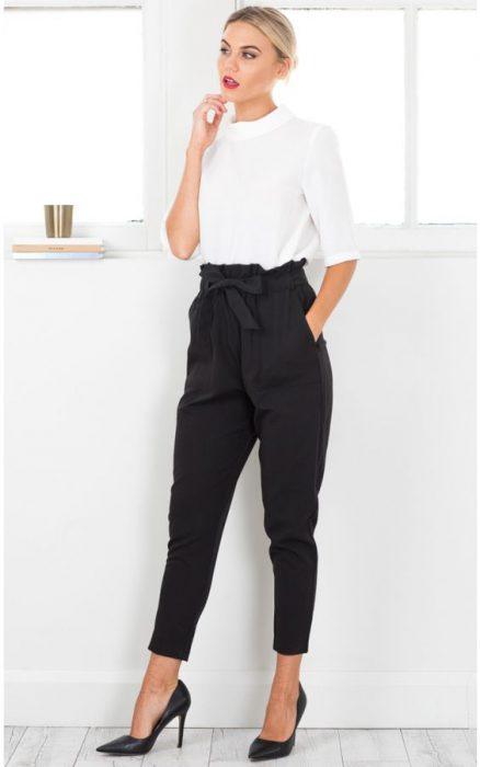 pantalon capri tiro alto negro